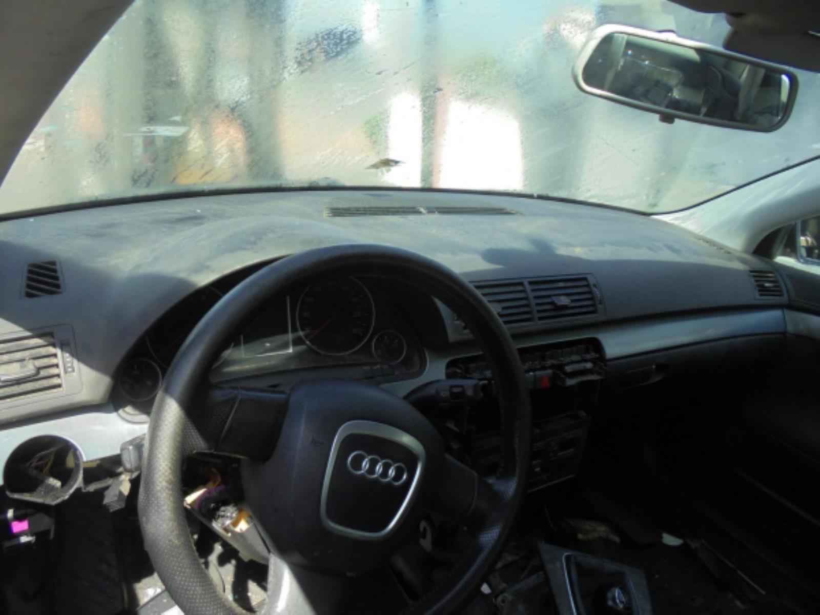 Picture of Αερόσακος  Set  AUDI A4 (2005-2008)     οδηγού συνοδηγού με ταμπλό ζώνες, εγκέφαλος
