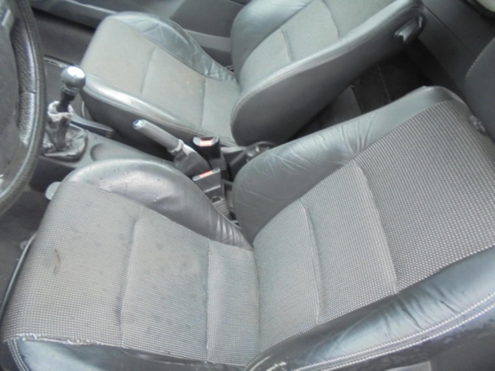 Εικόνα από Τροπέτο πίσω  OPEL TIGRA (2004-2009) 1400cc    cabrio