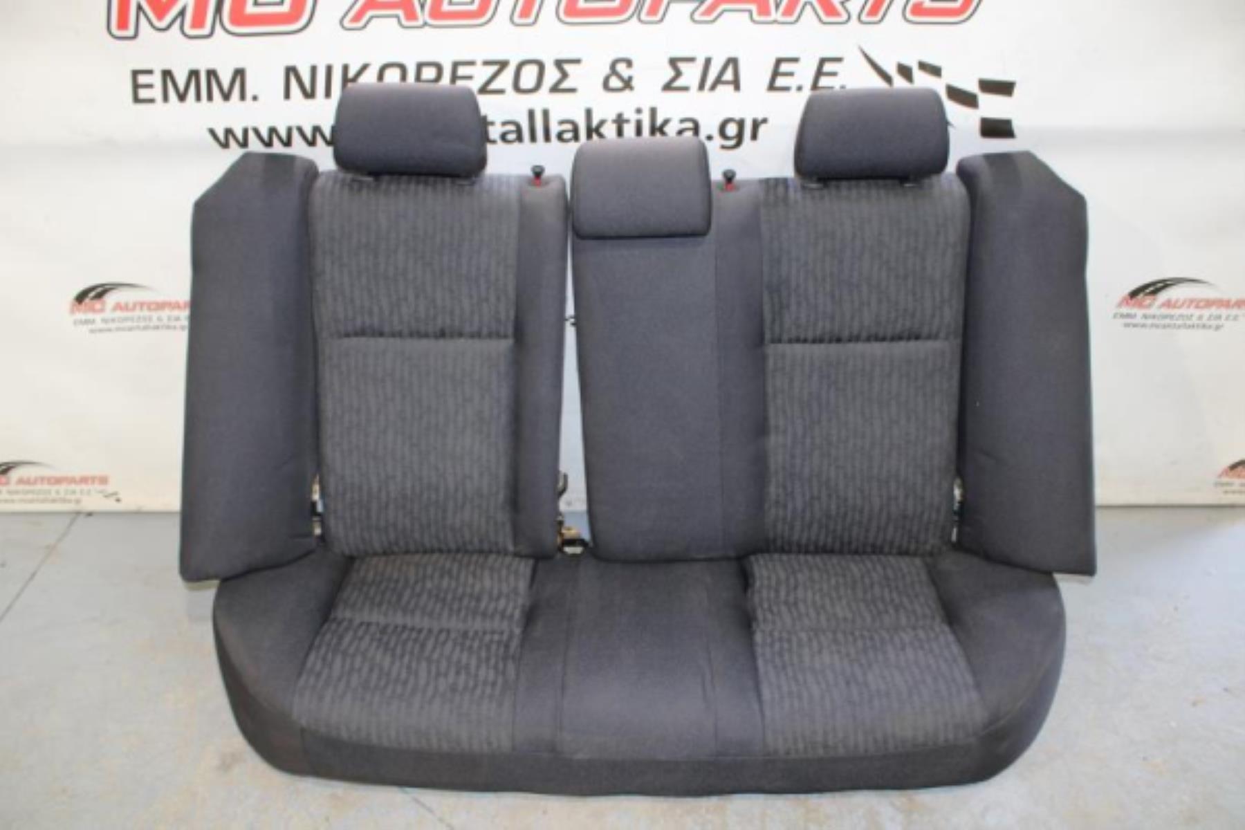 Εικόνα από Σαλόνι  TOYOTA COROLLA (2002-2007)     4πορτο sedan μαύρο γκρί ύφασμα