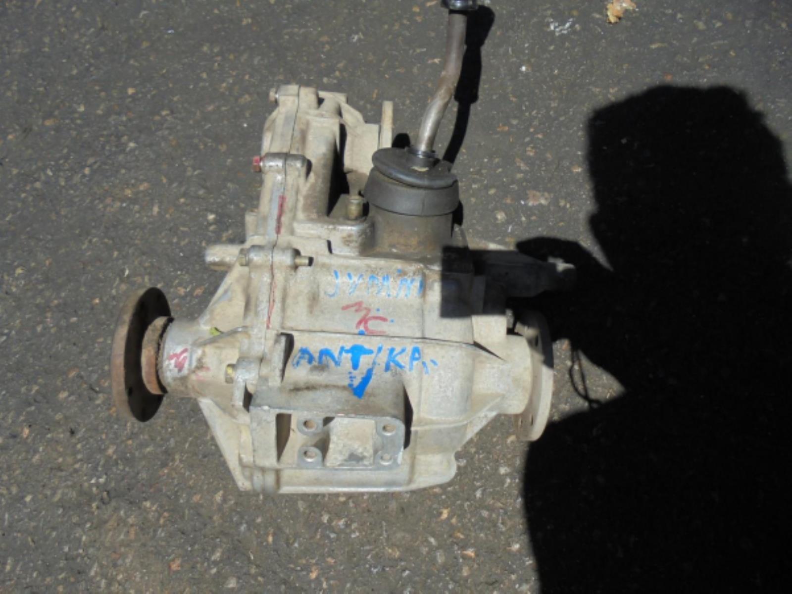 Εικόνα από Σασμάν 4WD  Χειρ.Βοηθητικό  SUZUKI JIMNY (1998-2004)     για ανταλλακτικά